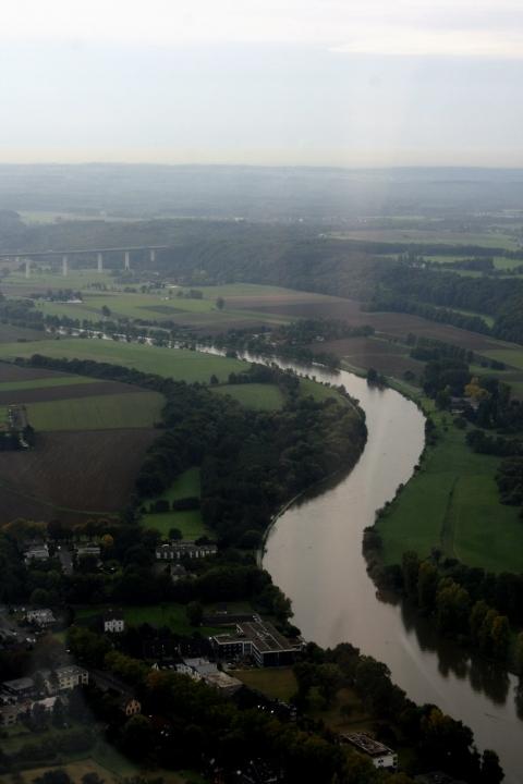 Rundflug über dem Ruhrgebiet